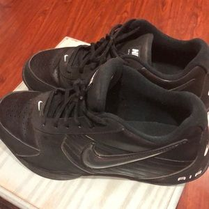 Nike Air Baseline Low Shoes